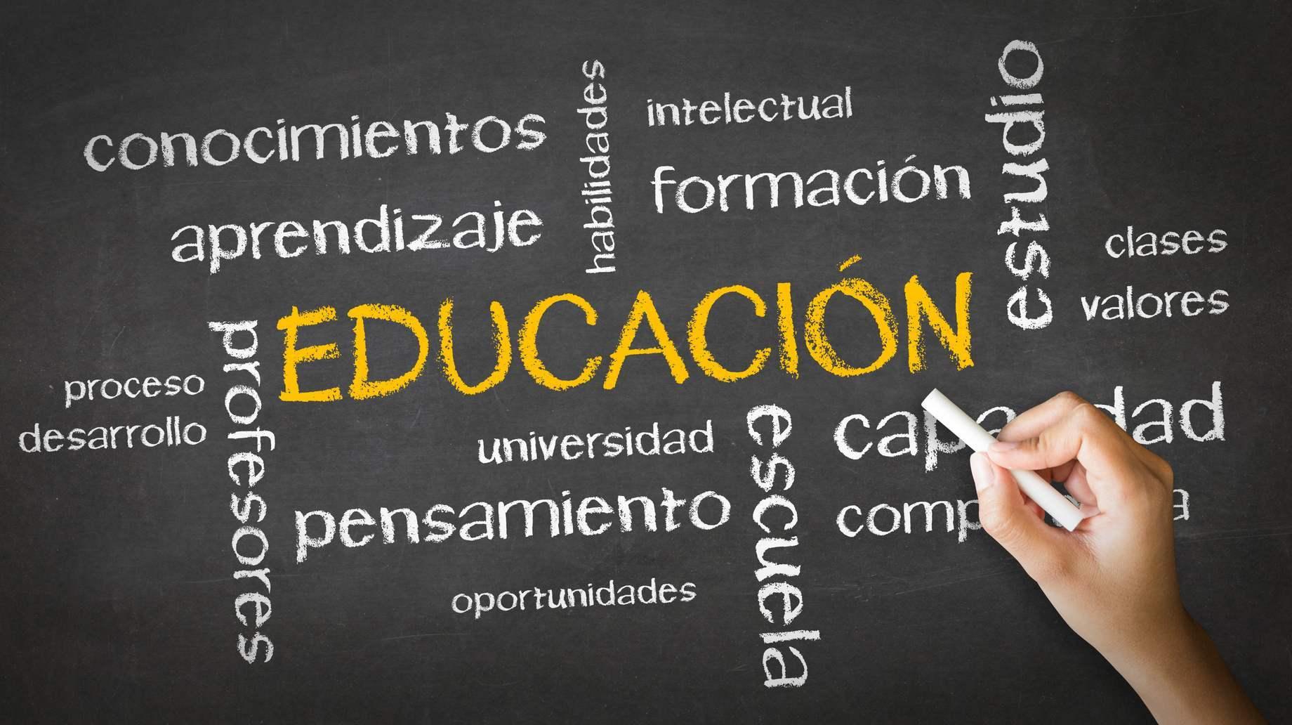 Educación en Escuela de Idiomas Nerja