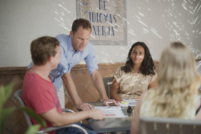 Club de conversación Escuela de Idiomas Nerja